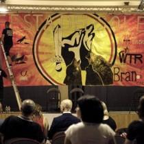 Parlamentari ed assessori regionali alla festa dei neonazisti